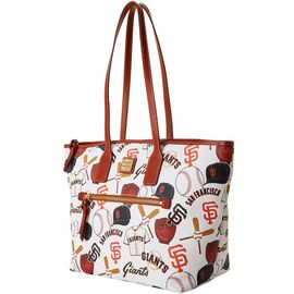 Giants Tote product Hover