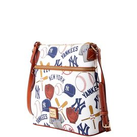 Yankees Crossbody product Hover