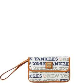 Yankees Milly Wristlet
