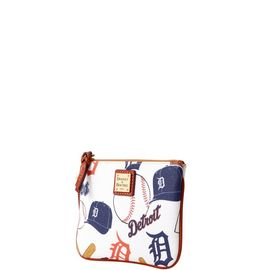 Tigers Stadium Wristlet product Hover