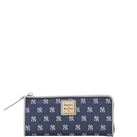 Yankees Zip Clutch