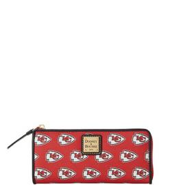 Chiefs Zip Clutch