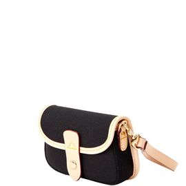 Flap Wristlet product Hover